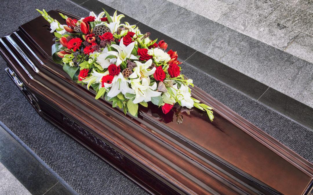 Composizioni floreali per funerali: quali sono?